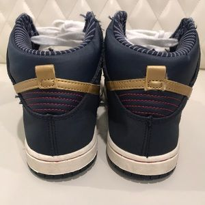 Nike Shoes - Boys Nike high tops